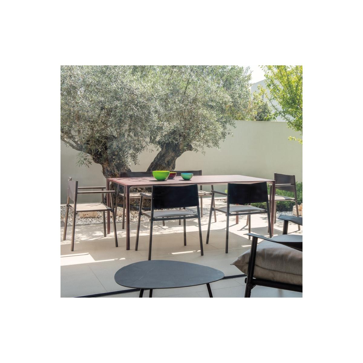 Kawowy stolik ogrodowy L Terramare Emu