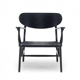 Czarny fotel CH22 Black Carl Hansen & Søn