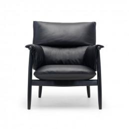 Krzesło Embrace E015 Carl Hansen & Søn