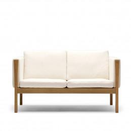Biała sofa CH162 Carl Hansen & Søn