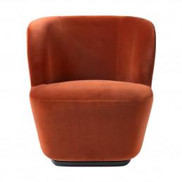 Minimalistyczny fotel Stay Gubi