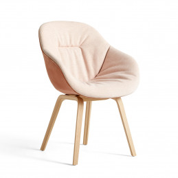 Miękkie krzesło AAC 123 Soft Duo HAY