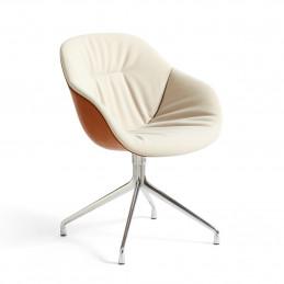 Tapicerowane krzesło AAC 121 Soft Duo HAY