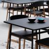 Stół Union 140 x 90 nadaje się do przestrzeni publicznych - Normann Copenhagen