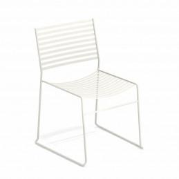 Białe stalowe krzesło ogrodowe Aero 027 Emu