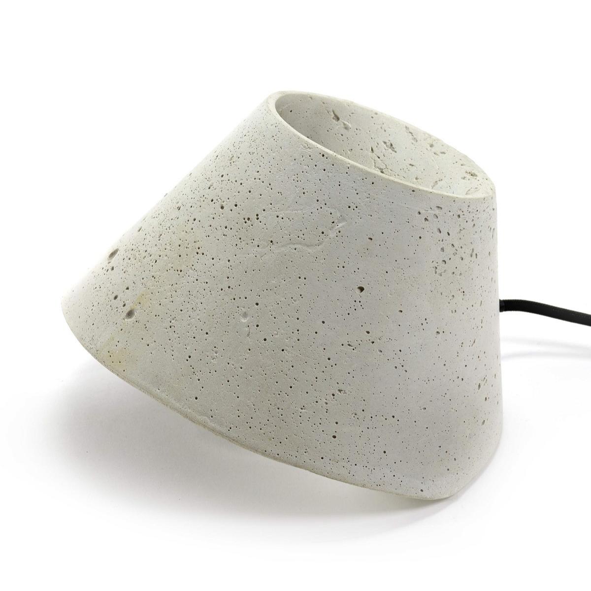 Betonowa lampa outdoorowa Eaunophe M White Serax