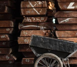 Z miłości do drewna: Ethnicraft