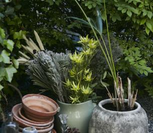 Letni stół: biesiadowanie w ogrodzie